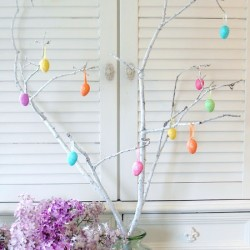 2 Bucks and a Branch=Easter Decor