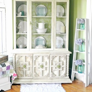 Painted Furniture Makeover fi