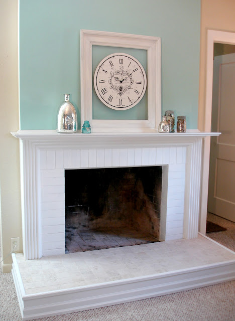 diy fireplace mantel and hearth makeover aqua white neutral (1)
