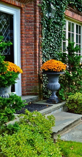 Decorating with Urns for Fall