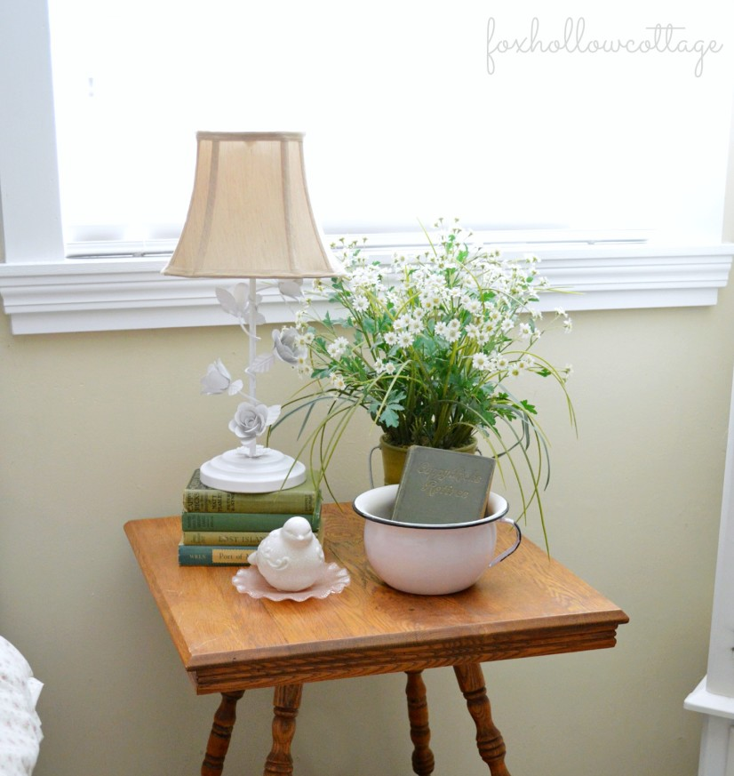 Shabby Cottage Bedroom Tour - Tag Sale Vintage Table