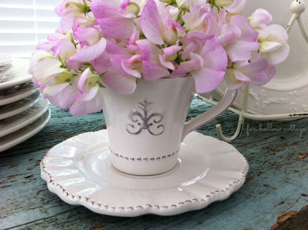 Sweet Pea Flowers Shabby Teacup Decor