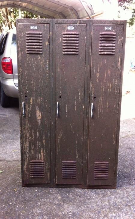 Vintage school gym lockers - before - teen boy bedroom makeover