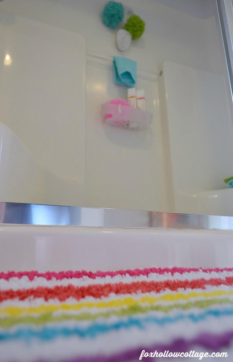 Command Brand Bathroom Organizing #DamageFreeDIY #ad