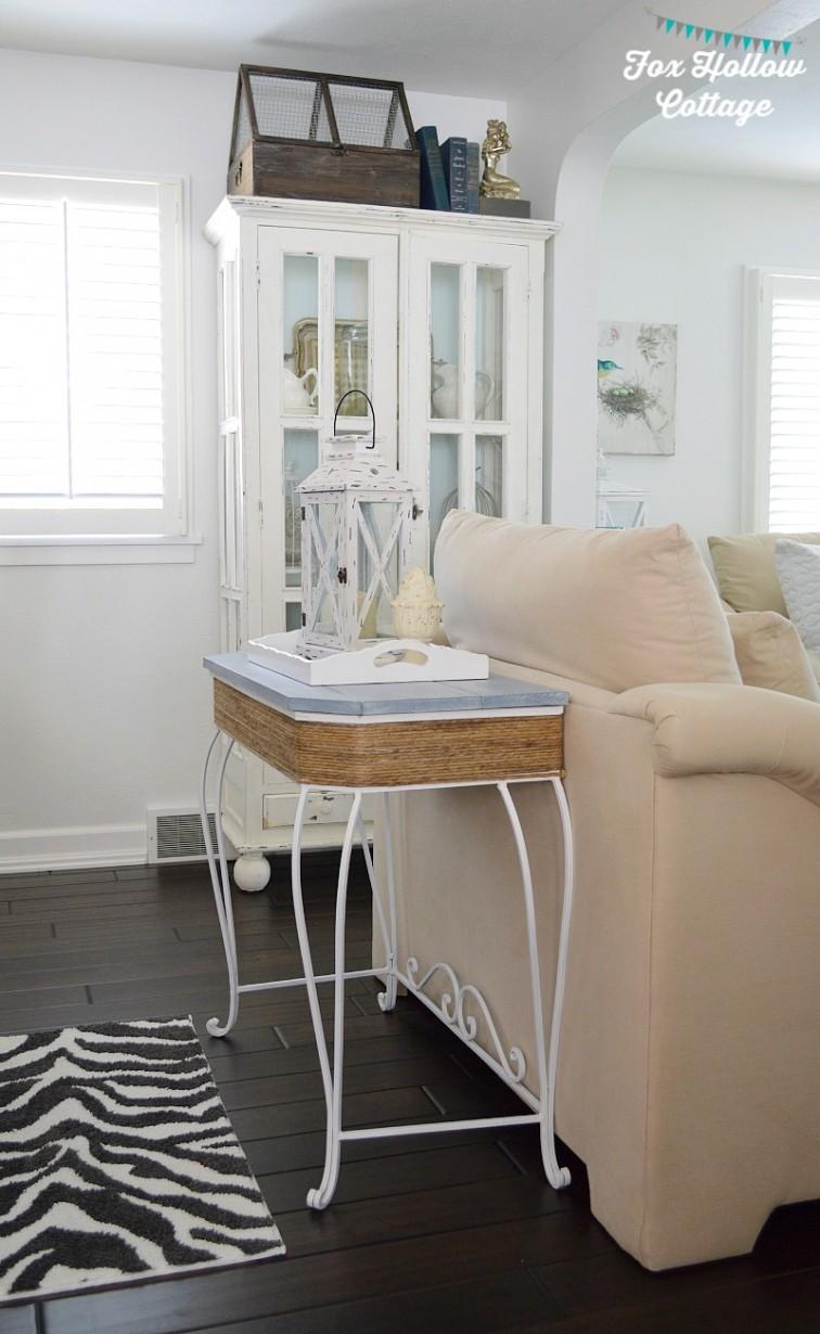 Coastal Cottage Living Room Aqua White