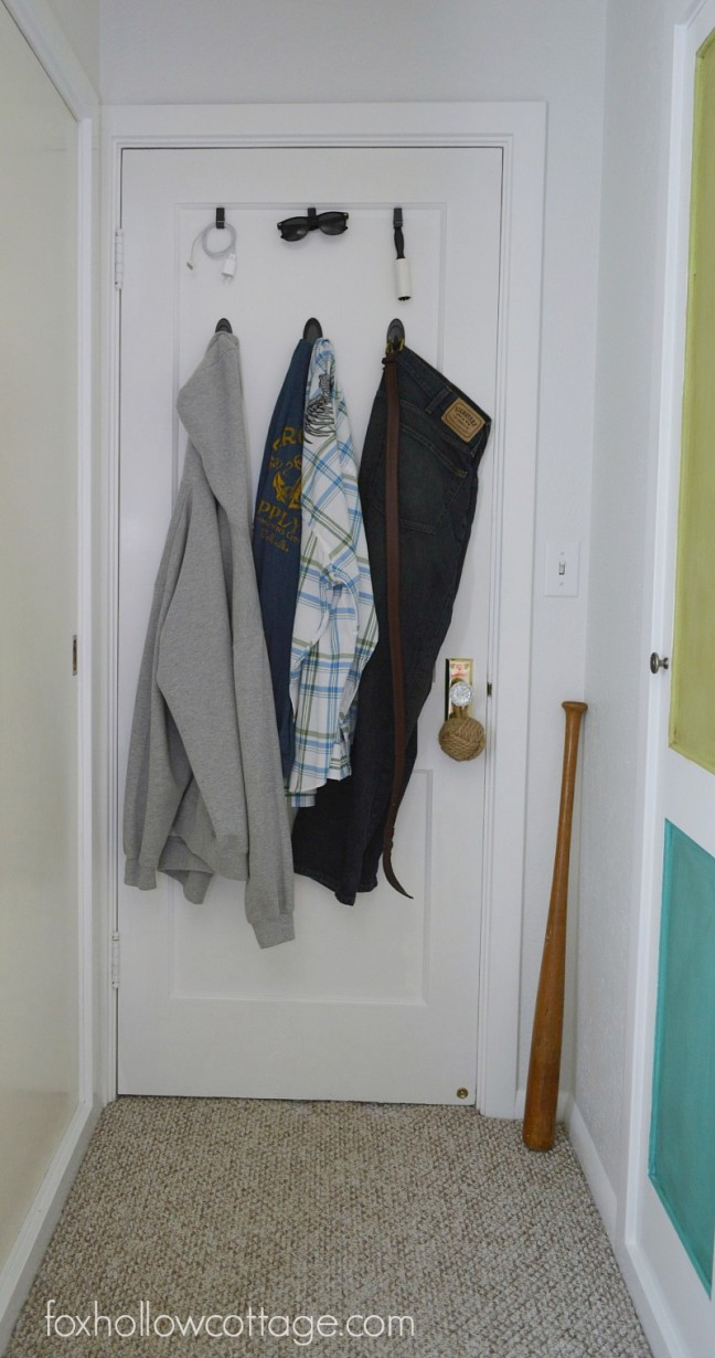 After: Everything is Within Easy Reach for to Quickly Get Dressed for School and Out the Door | #DamageFreeDIY #ad