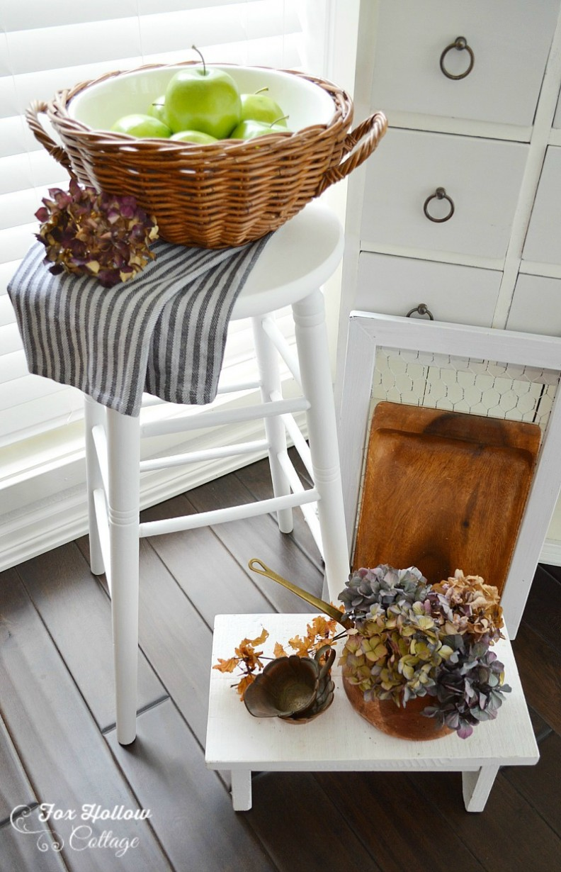 Everlasting Love:  a white paint makeover | Americana Decor Chalky Paint in Everlasting @homedepot