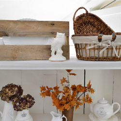 Fall at Fox Hollow Cottage - Autumn Decorating - foxhollowcottage.com