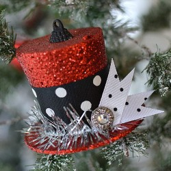 How To Turn A Dollar Tree Christmas Ornament into Frosty's Vintage Top Hat