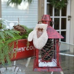 Weather Resistant Outdoor Christmas Decorating Ideas