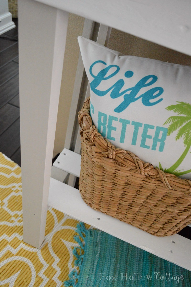 4 DIY Console Table Furniture Makeover with Americana Decor Chalky Paint