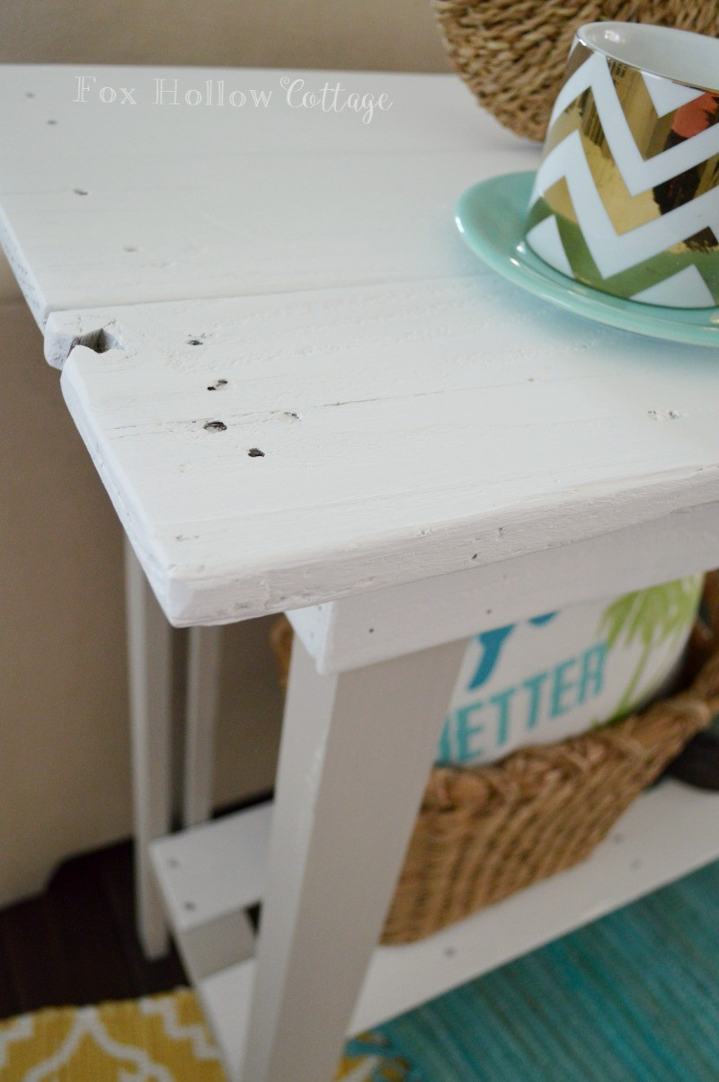 5 DIY Console Table Furniture Makeover with Americana Decor Chalky Paint