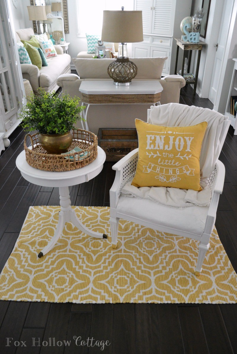 Casual Cottage Decor with a Splash of Coastal Charm for Summer at foxhollowcottage.com
