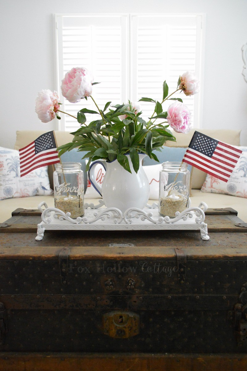 Fox Hollow Cottage - Vintage Fourth of July Home Decorating