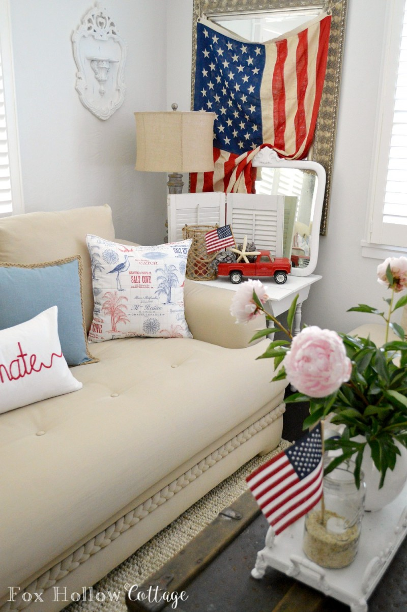 Red White and Blue Patriotic Coastal Summer Living Room foxhollowcottage