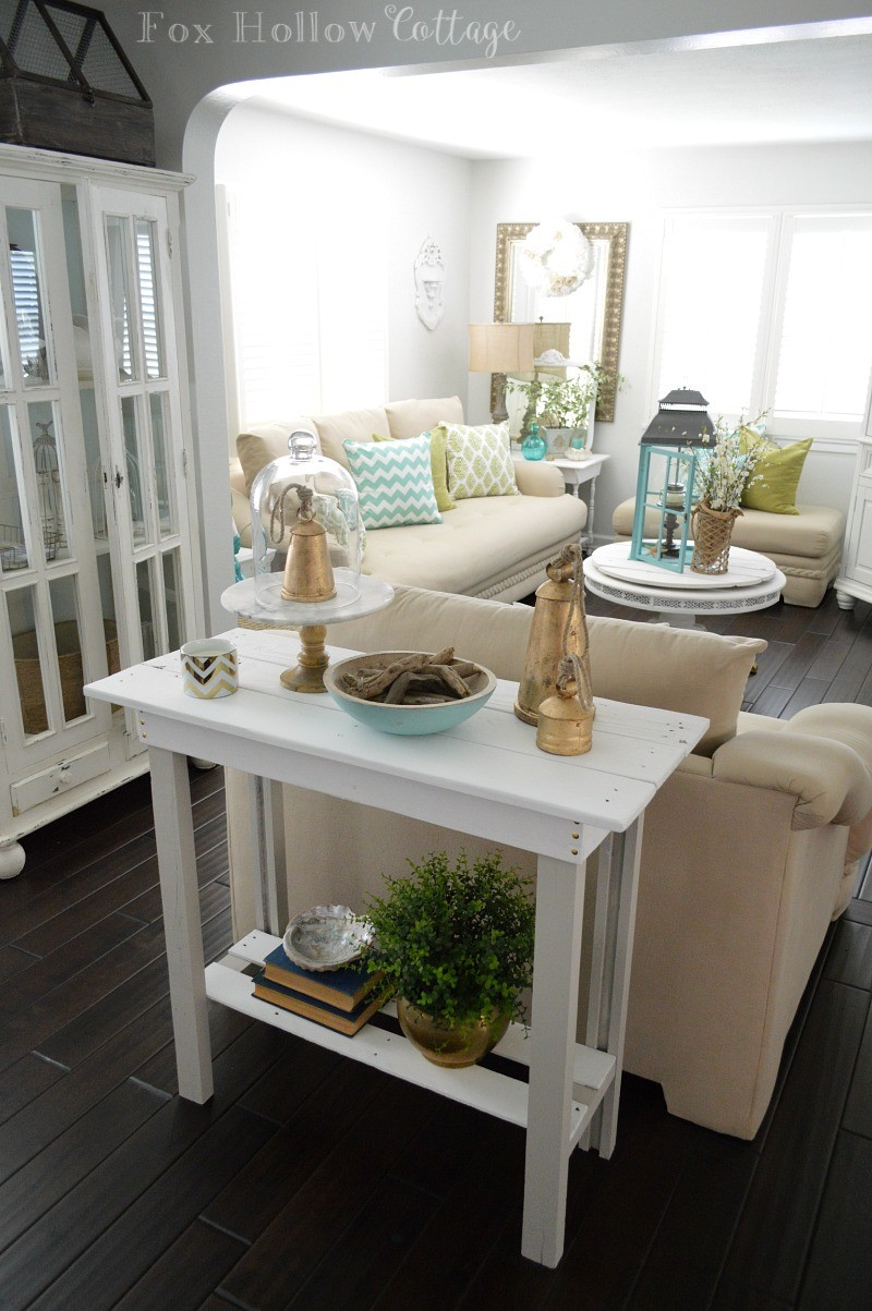 Simple Summer Style - Layer in Aqua,Natural Elements and Matte Metallic Tones over White and Neutral