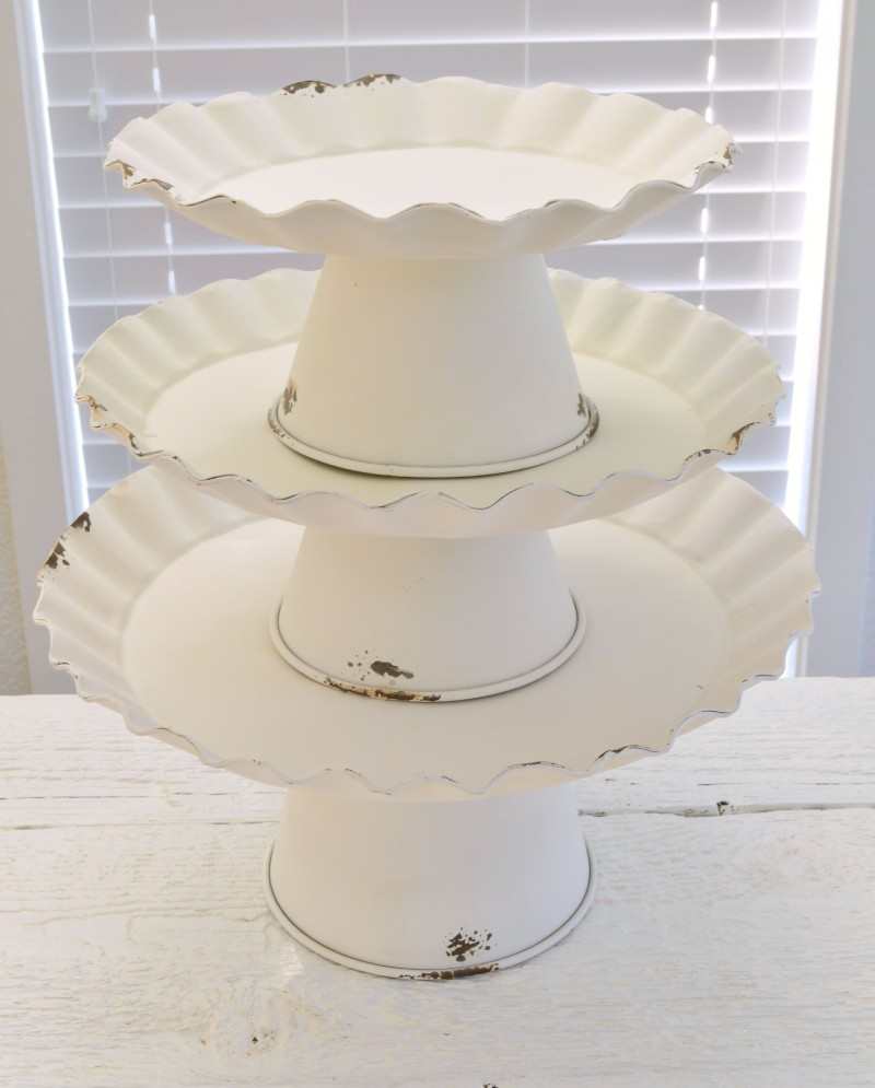 Vintage Cake Decoration Ideas : Vintage Cottage Cake Stand Decorating Ideas