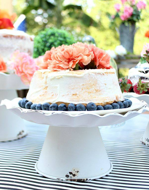 Refresh Restyle Naked Cake Vintage Cake Stand Display