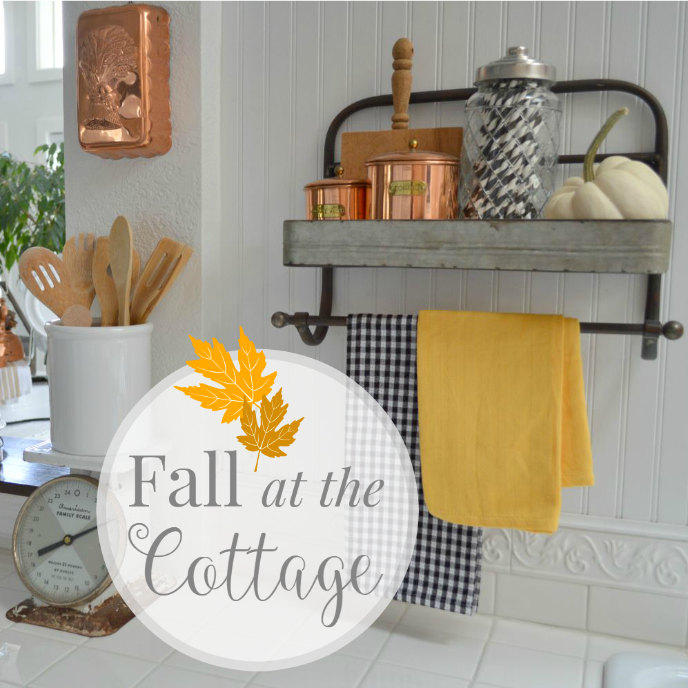 A flutter of fall home decorating fox hollow cottage for Fall home decor