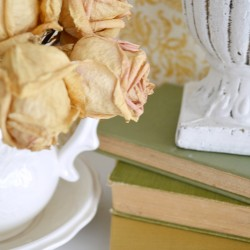 Soft, neautral fall shelf styling. How-to make a dackdrop filler for layering home decor - foxhollowcottage.com