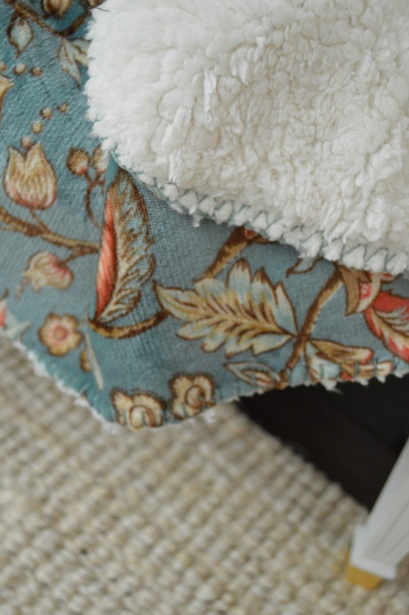 Yummy Soft Aqua Floral & Sherpa, Dual Sided Throw from @bhglivebetter by Better Homes and Gardens #sponsored @bhg