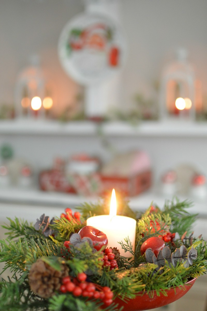 Cottage Christmas Home Tour - Vintage Style Scale Clock Winter Greenery + Candle #CLChristmasTour