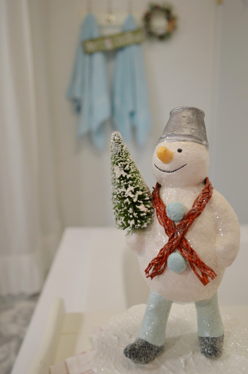 Frosty The Snowman Vintage Style Paper Mache Christmas Decoration