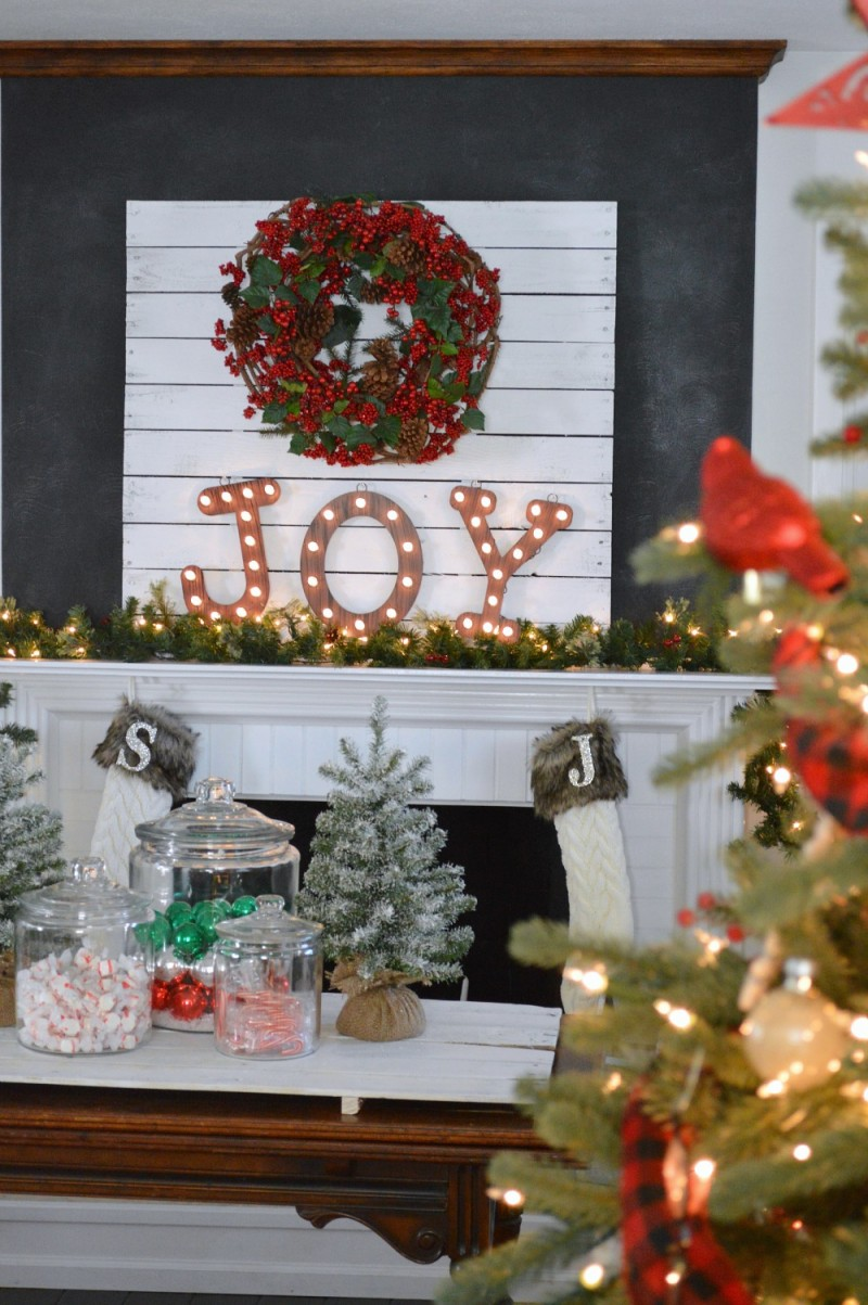 JOY Chalkboard Fireplace Mantel Cottage Christmas Country Living Home Tour #CLChristmasTour