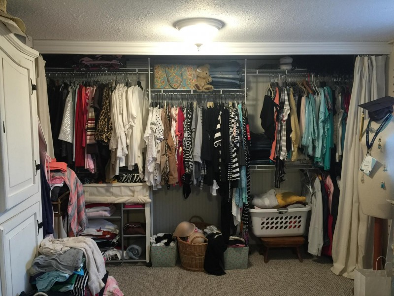 Organize Your Closet for UNDER 100 - it's easy and all the supplies are from.... Walmart!