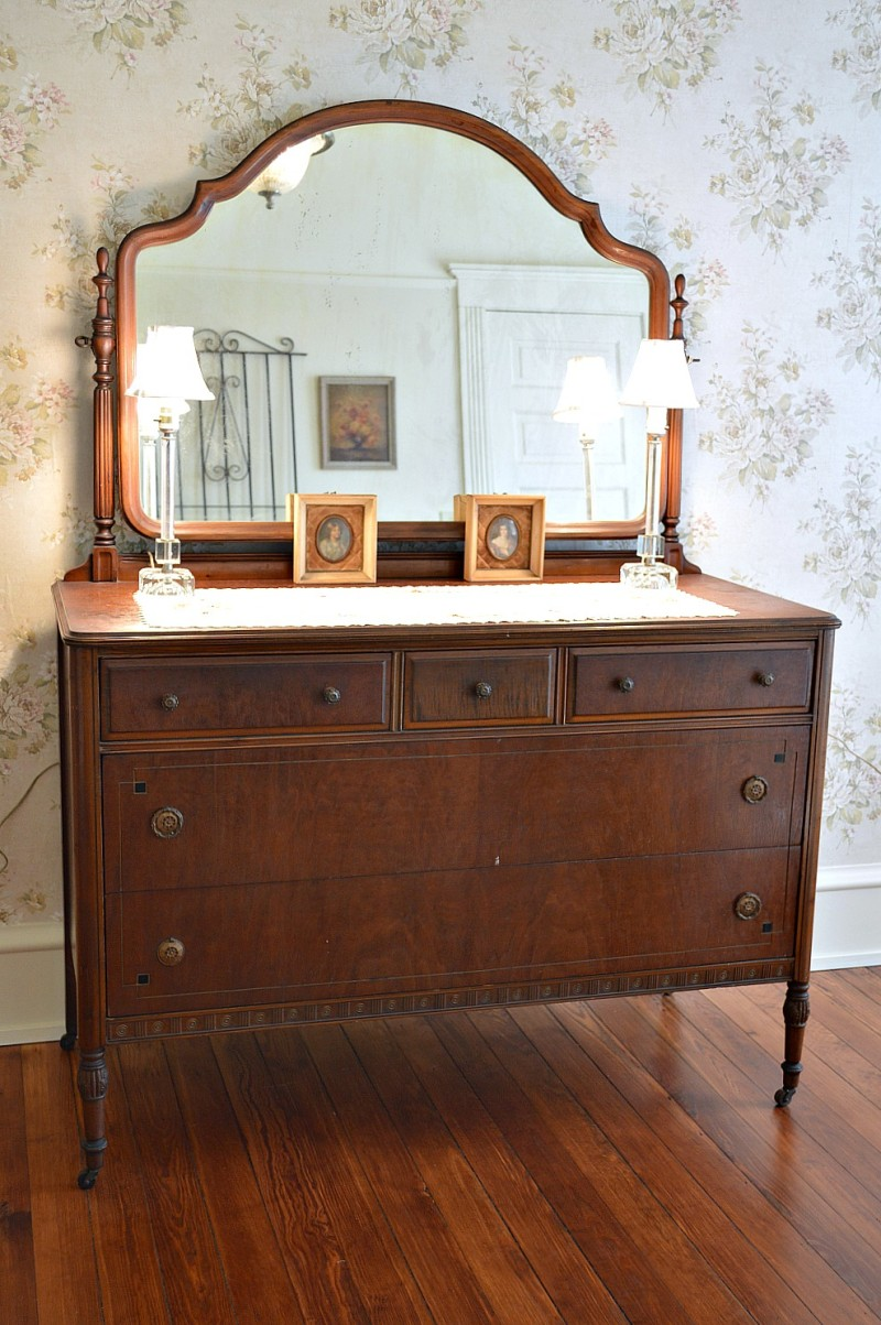 Vintage antique mirrored dresser and lamps. Southern Romance House, Home Tour in Alamaba, by Phantom Screens