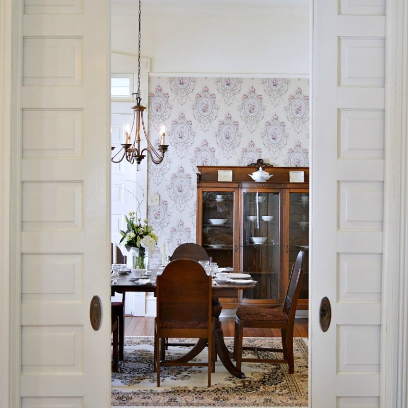 Vintage restored historic Southern - Dining room and wall paper accent wall