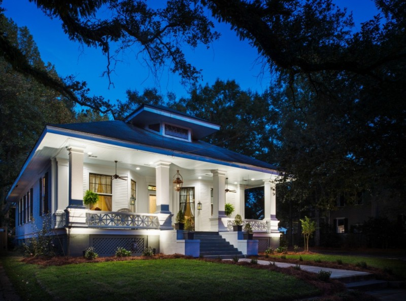 The-Morgan-Ford-House-1906-Southern-Alabama-home-See-the-tour-inside-and-out-at-foxhollowcottage.com