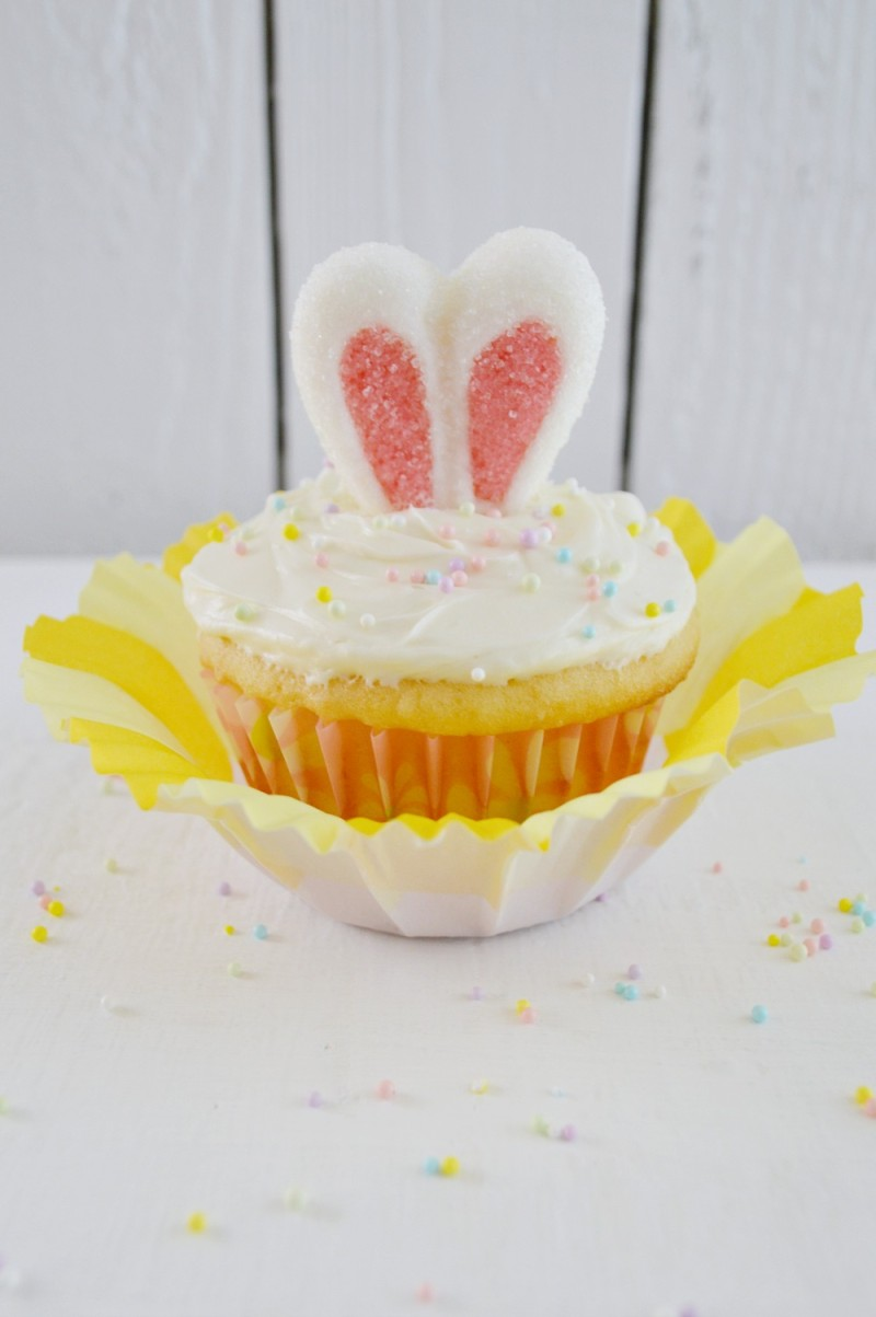 easter bunny rabbit ear cupcakes