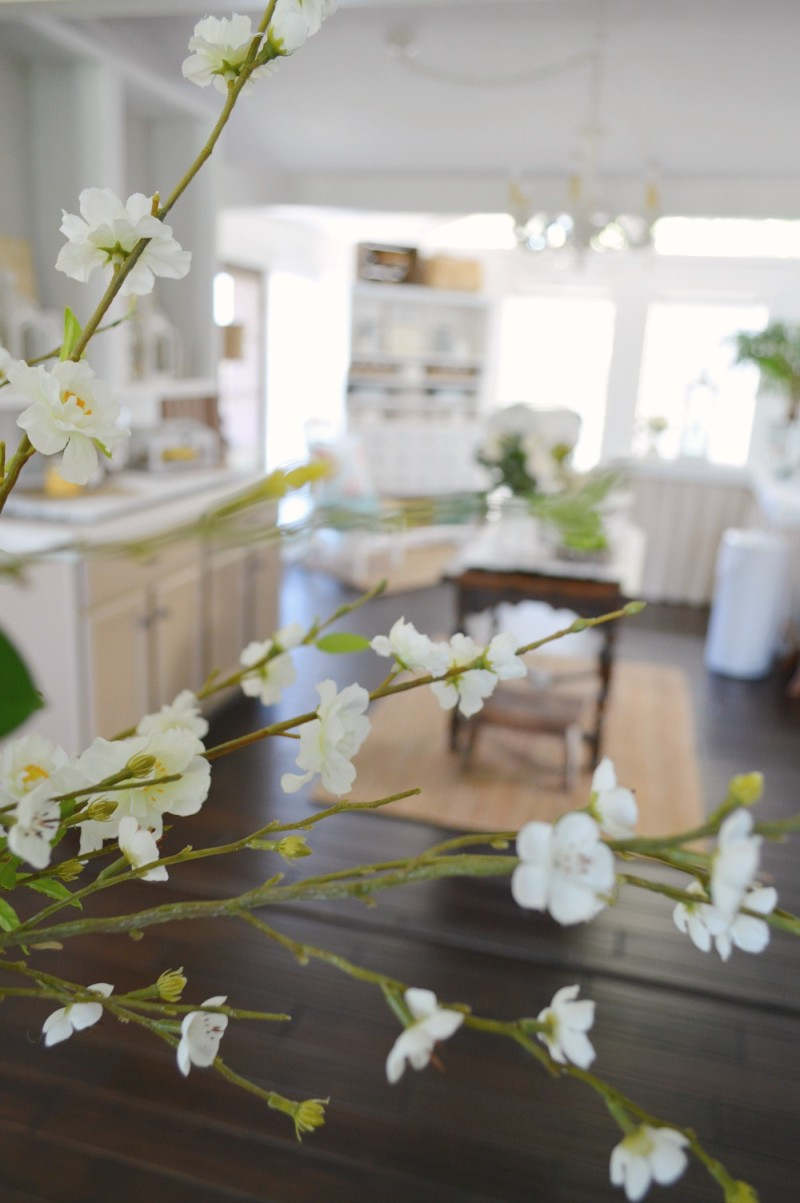 Spring Blooms foxhollowcottage.com Home Tour - How To Fake a Foyer