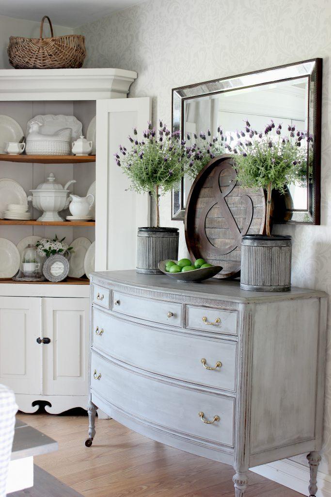Dining-Room-Lavender-Topiaries-683x1024