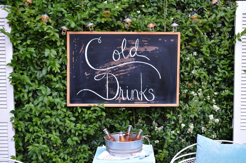 Painted Cold Drinks sign, on vintage chalkboard