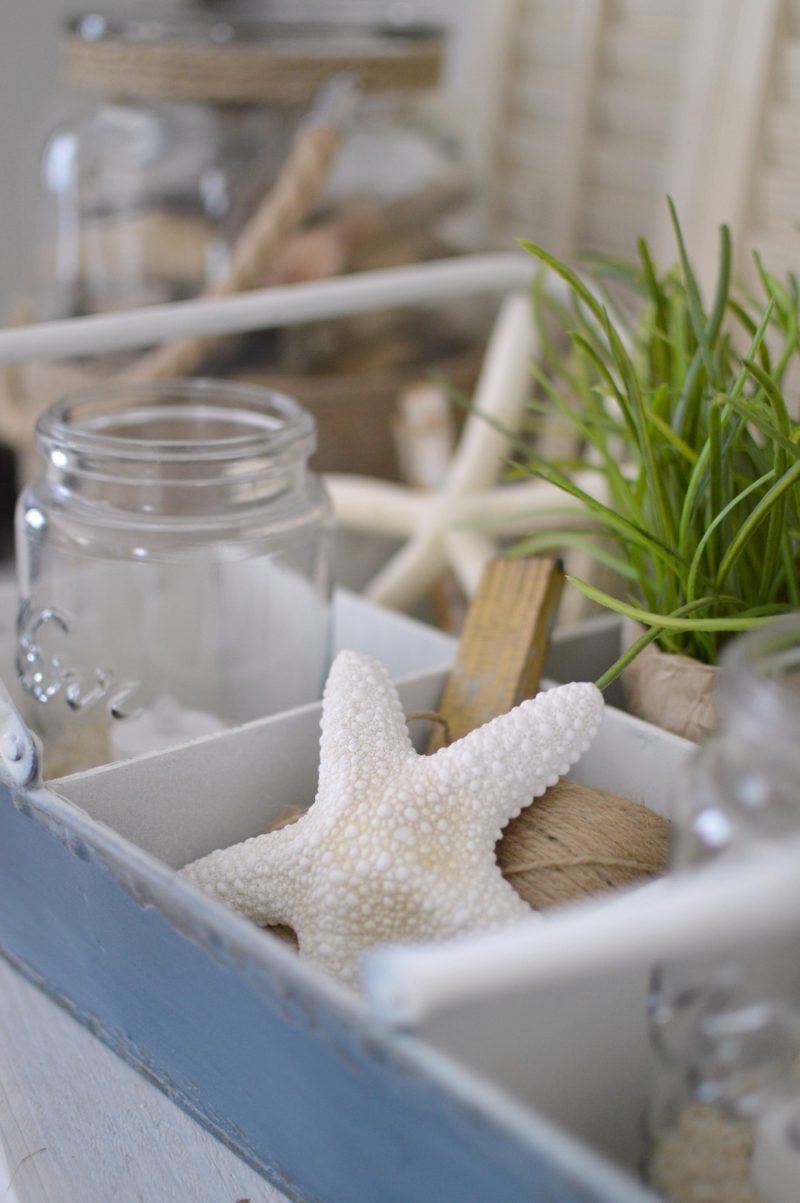 Rustic tin tray with starfish - summertime home decorating
