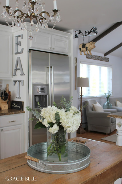 White Kitchen Makeover - adding farmhouse charm by Gracie Blue