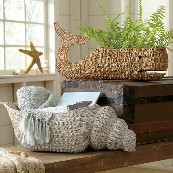 Conch-Magazine-Basket-BL5725