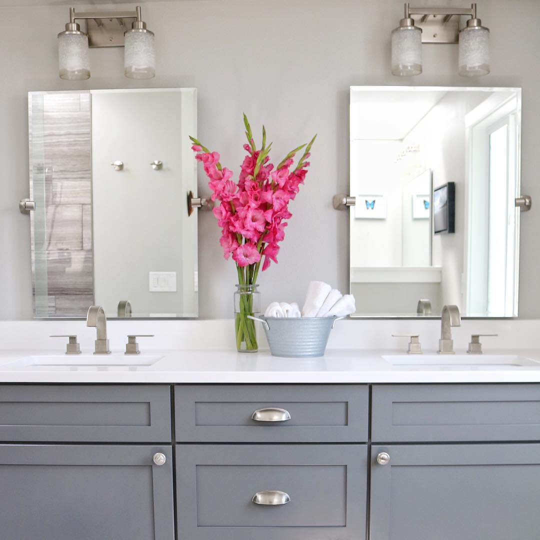 Cottage farmhouse features from foxhollowfridayfavs - How to decorate a bathroom counter ...