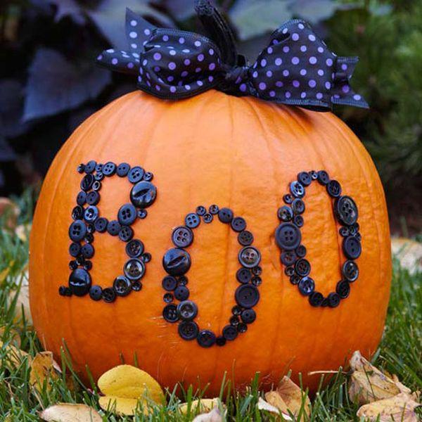boo-button-pumpkin, 31 Fabulous Pumpkin Decorating Ideas
