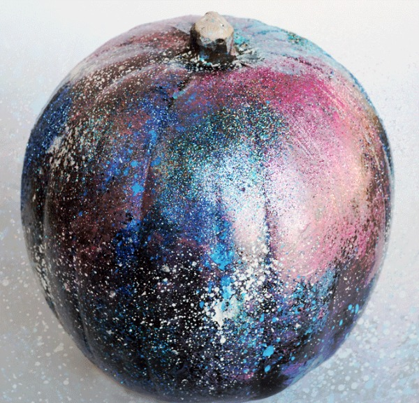 galaxy-art-pumpkin, 31 Fabulous Pumpkin Decorating Ideas