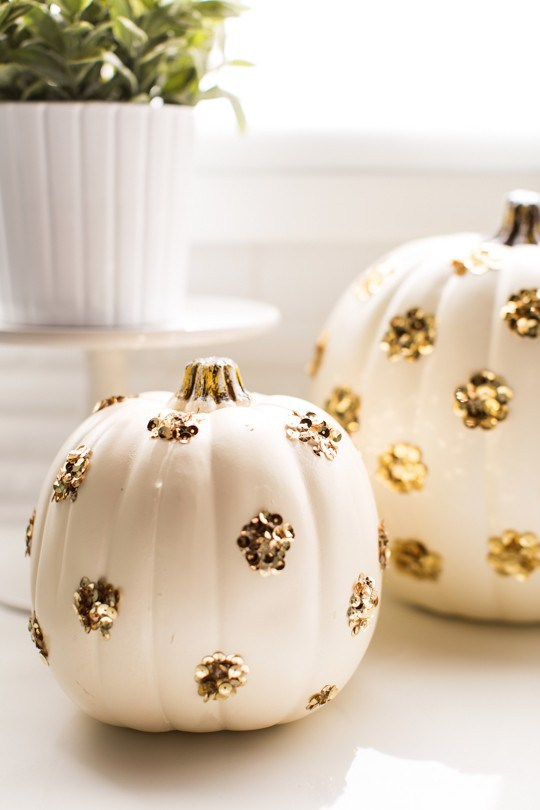 polka-dot-sequin-pumpkins, 31 Fabulous Pumpkin Decorating Ideas