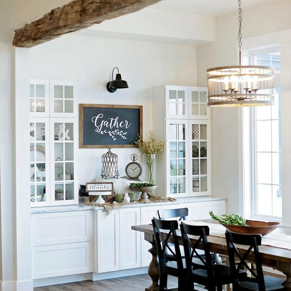 modern farmhouse home tour with household no6 from white shiplap to chandeliers url httpfoxhollowcottagecomwp contentuploads201609fijpg