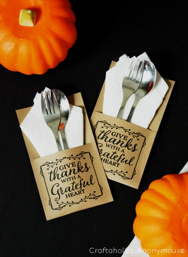 Craftaholics Anonymous, Blessed and Thankful Utensil Holders,20 Ways to Make Thanksgiving Extra Special