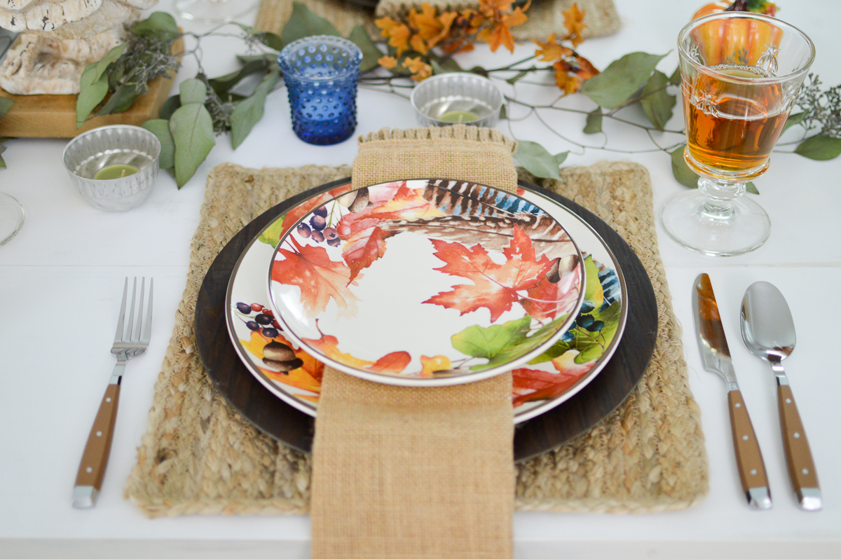 Budget and Beginner Friendly Thanksgiving Table | Fall Autumn leaves place setting dishes