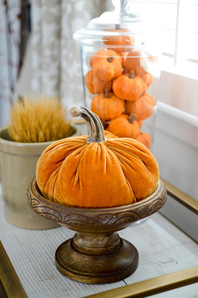 Beginner Friendly Fall, Thanksgiving Tablescape - Autumn decorating ideas, bar cart with velvet pumpkins.