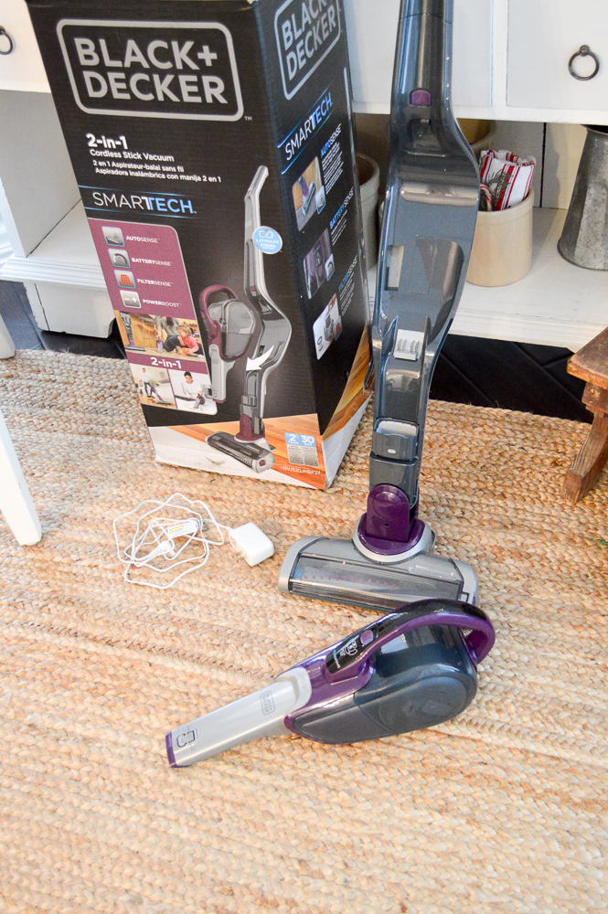 Merry ChristMess - BLACK+DECKER Cordless 2-in-1 Stick Vac Vacuum Giveaway