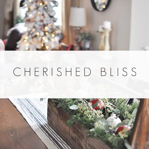 cherished-bliss-christmas-dining-room