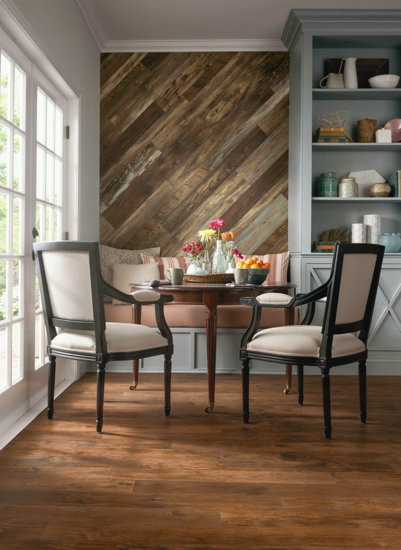 Wood Feature Accent Wall Ideas Using Flooring. Kitchen Breakfast Dining Room